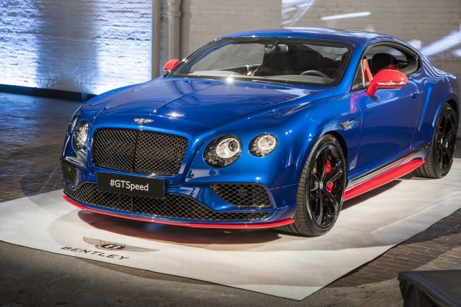 Bentley GT Speed, GT Speed Black Edition Break Cover In New York City 1.jpg