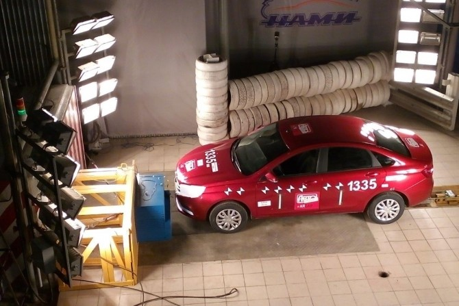 Lada Vesta crash-test.jpg