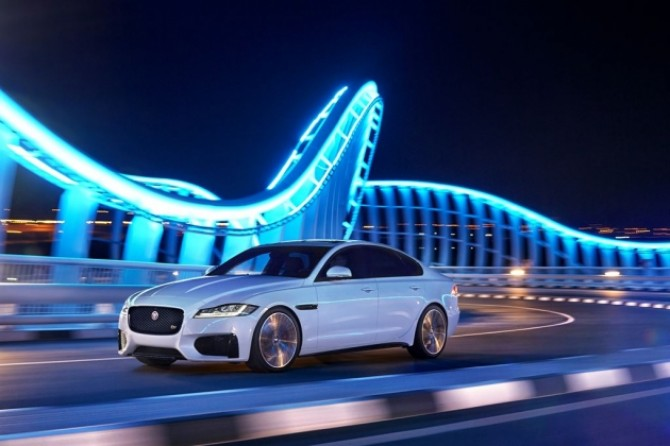 New Jaguar_XF.jpg