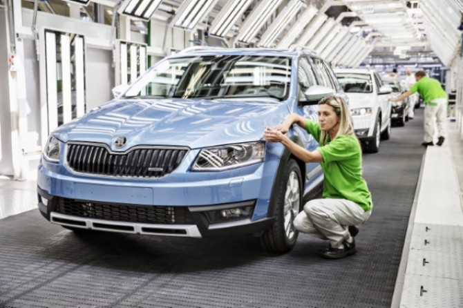 140821 SKODA Octavia Scout - Start of Production_jpg.jpg