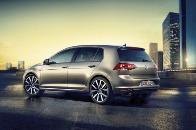 Volkswagen_Golf_Edition_(1).jpg