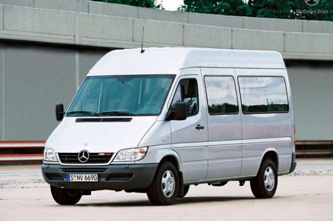 Mercedes-Benz_Sprinter_T1N.jpg