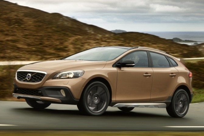 volvo_v40_cross_country.jpg