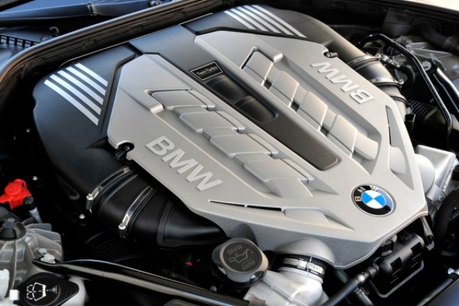 BMW engine.jpg