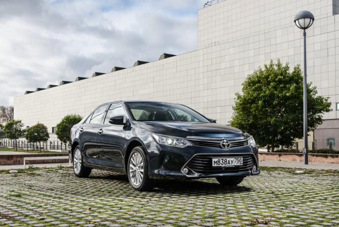 Тойота Camry остается бестселлером марки в Российской Федерации