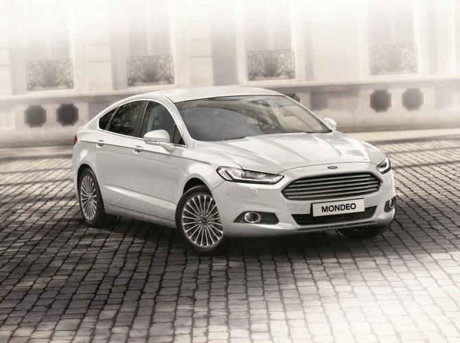 Форд отзывает 3 тыс. авто из-за дефектных фар