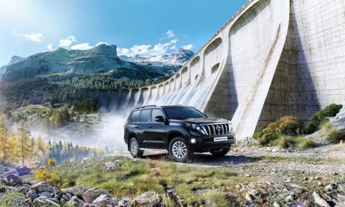 Тойота заявляет начало продаж Land Cruiser Prado Style