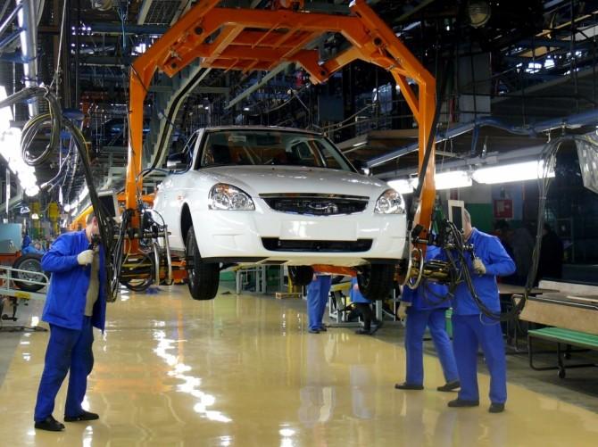 «АвтоВАЗ» перешел начетырехдневную рабочую неделю