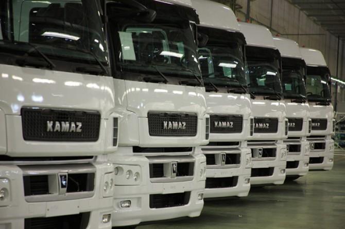 Российский рынок грузовых автомобилей вышел в плюс с начала года