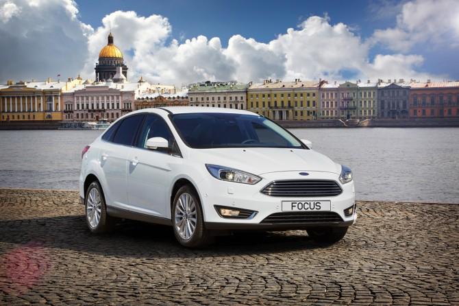 Продажи Форд в РФ увеличились втечении следующего года на10%