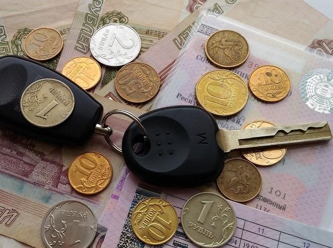 Вследующем году жители России приобрели новых машин на1,8 трлн руб.