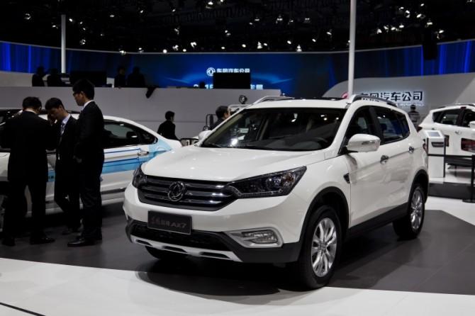 Вначале лета на русском автомобильном рынке стартуют продажи Dongfeng AX7
