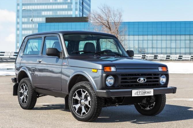 «АвтоВАЗ» начал производство юбилейной lada 4x4 скожаным салоном