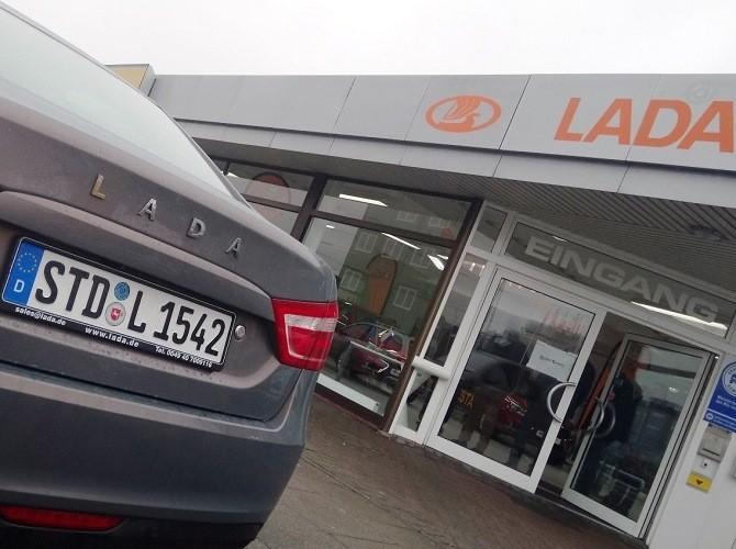 Продажи автомобилей LADA в Евросоюзе растут четвертый месяц подряд