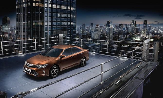 Тойота снизила цены наавтомобили виюне
