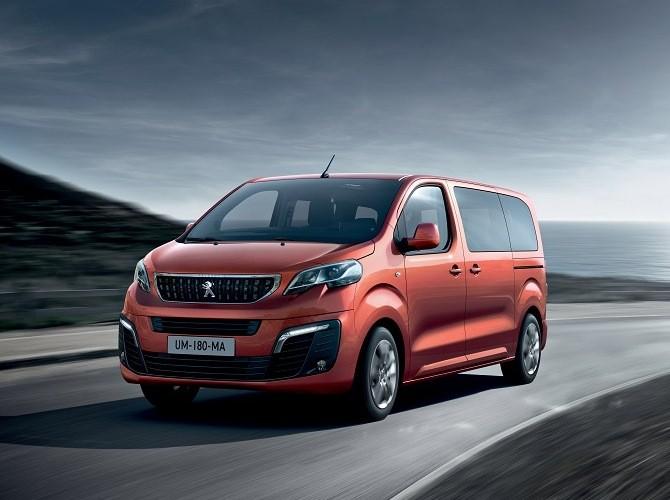 Peugeot объявил цены на новый Traveller