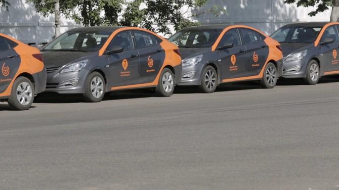 В северной столице вдвое вырос автомобильный парк «Делимобиль»