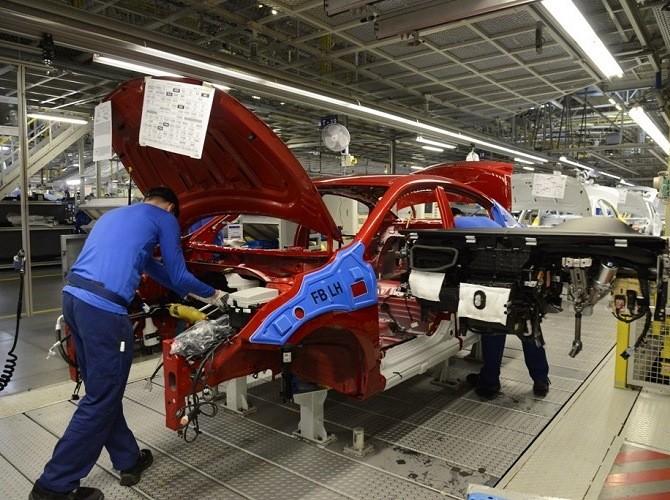 Петербургский автомобильный завод Хюндай отправился вкорпоративный отпуск
