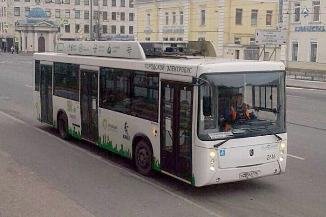 Осубсидиях производителям беспилотного транспорта проинформировал Медведев