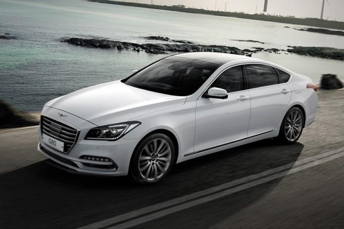 Вначале лета продажи Genesis в РФ установили рекорд