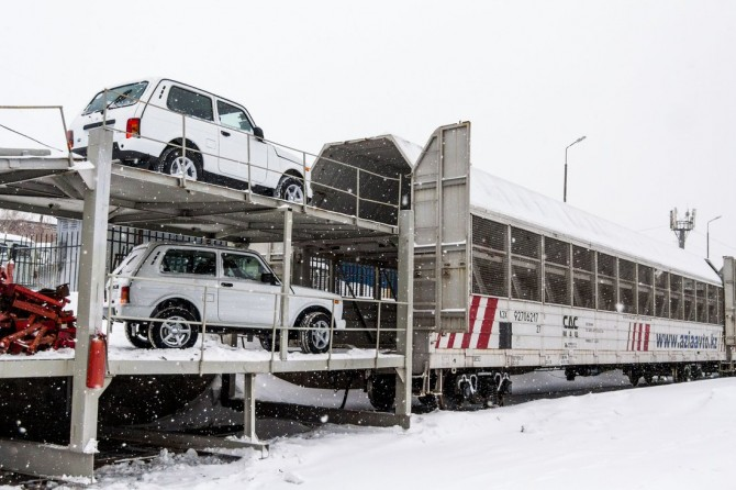 «Азия Авто» экспортировала в КНР практически 700 автомобилей Лада