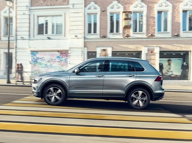 Volkswagen снижает цену на кроссовер Tiguan