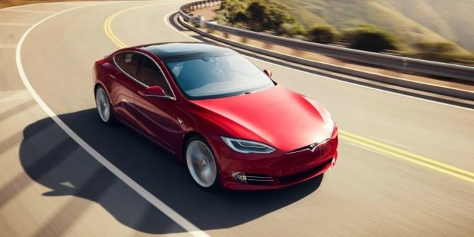Tesla отказалась отсамой дешевой версии Model S