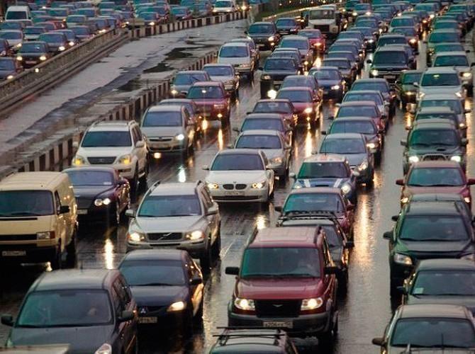 Цифра дня: средний возраст легковых автомобилей в РФ за год вырос на 3%