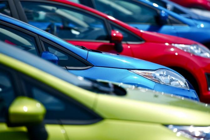 Продажи легковых машин  в РФ  демонстрируют уверенный рост
