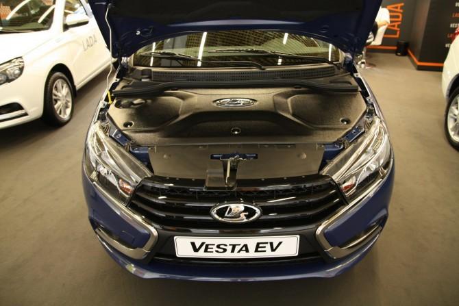 Правительство предложило освободить электромобили от транспортного налога