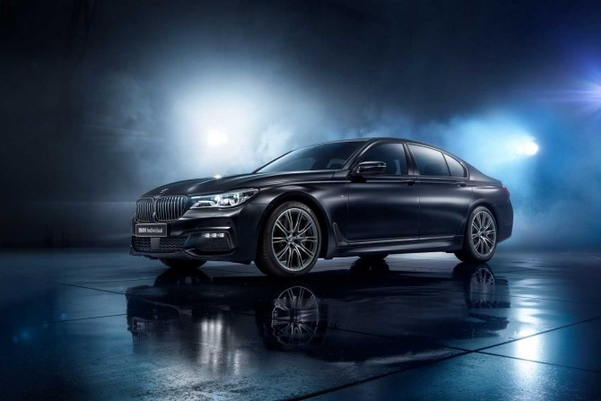 BMW 7 серии Individual edition Black Ice