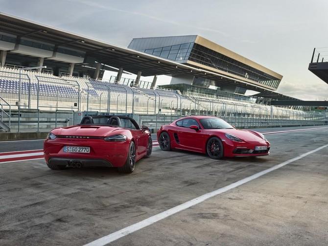 Porsche 718 Boxster GTS и купе 718 Cayman GTS