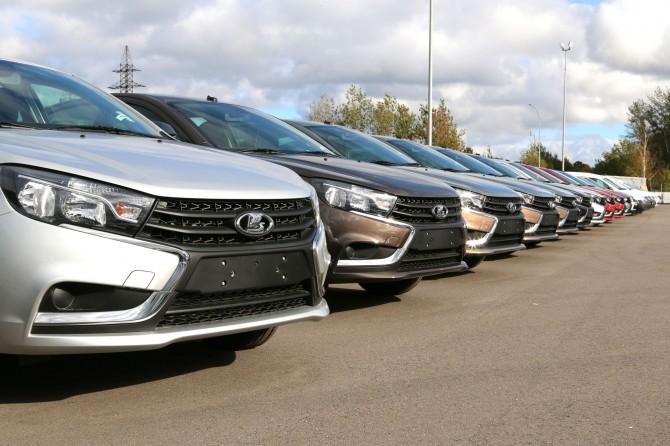 LADA занимает 40% продаж автомобилей В-класса в России