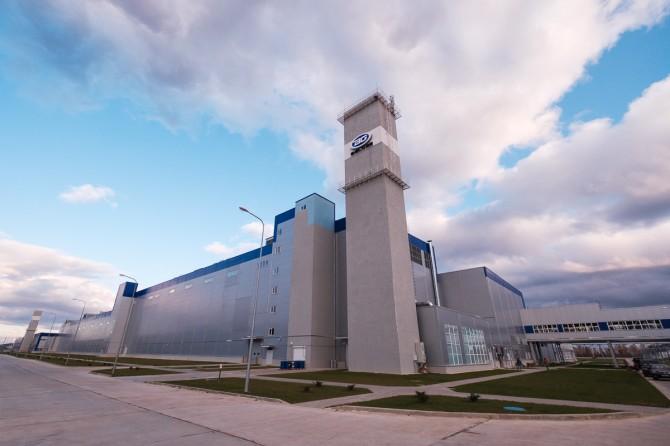 Geely запустил завод в Белоруссии для поставок на российский рынок