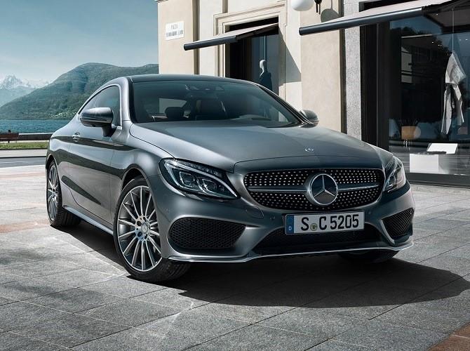 Mercedes-Benz – лидер продаж купе и кабриолетов в России