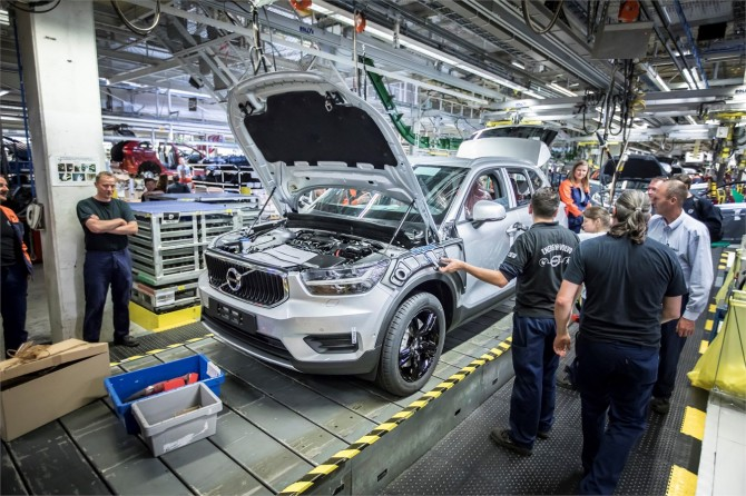 ВБельгии началось производство кроссовера Вольво XC40