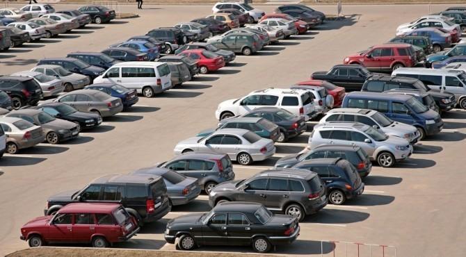 Какие автомобили с пробегом были востребованы в октябре?