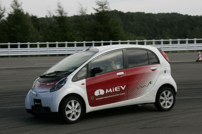 Mitsubishi i-MiEV BIG
