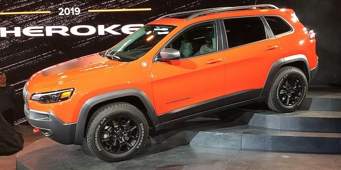 Обновленный Jeep Cherokee появится в России во второй половине 2018 года