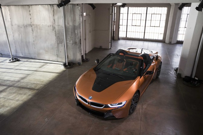 P90287690-bmw-i8-roadster-11-2017-2250px