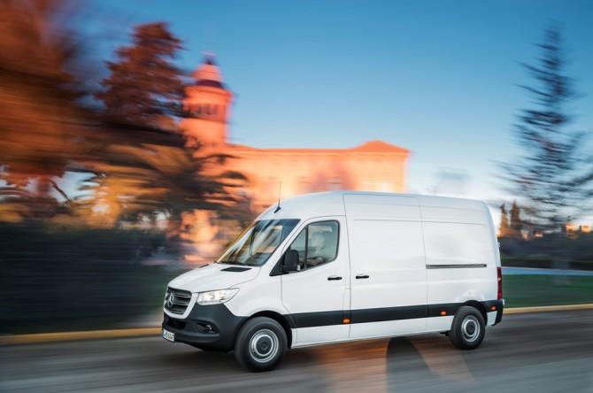 Benz презентовал фургон Sprinter 3-го поколения