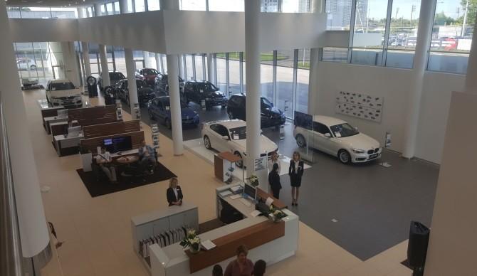 ТОП-10 российских городов по продажам премиальных автомобилей