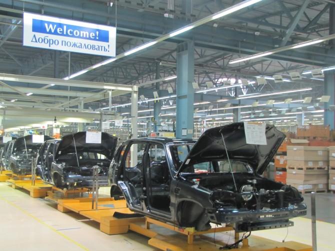 Сборка Шевроле Niva приостановлена из-за нехватки комплектующих