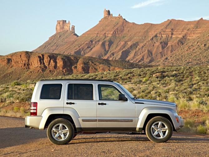 Jeep отзовет джипы  Liberty в Российской Федерации  из-за трудностей  сбезопасностью