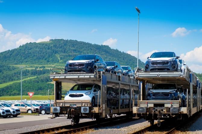 Импорт легковых авто в1 квартале вырос наполовину