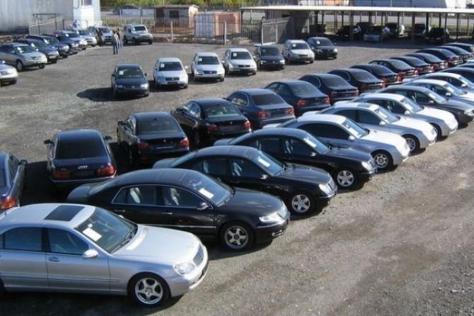 В столице иобласти упали продажи авто спробегом