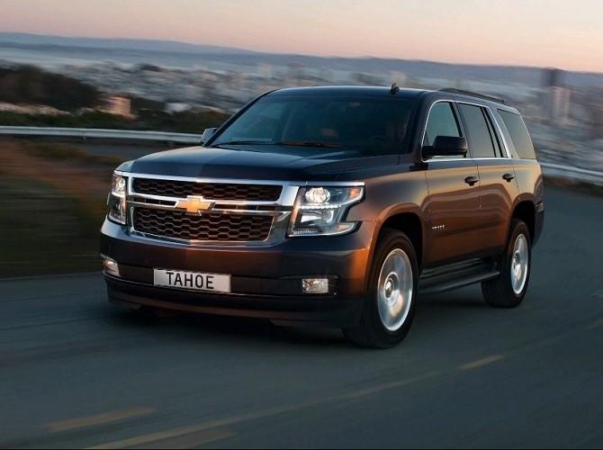 Вседорожный автомобиль Шевроле Tahoe вРФ вырос вцене на 50 000 рублей