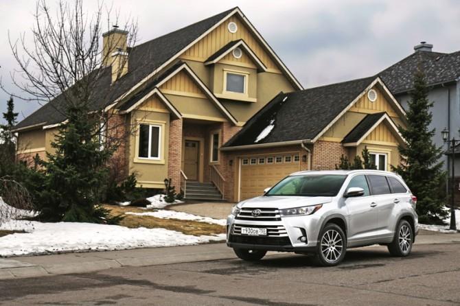 275 автомобилей Toyota Alphard и Highlander попали под отзыв в России