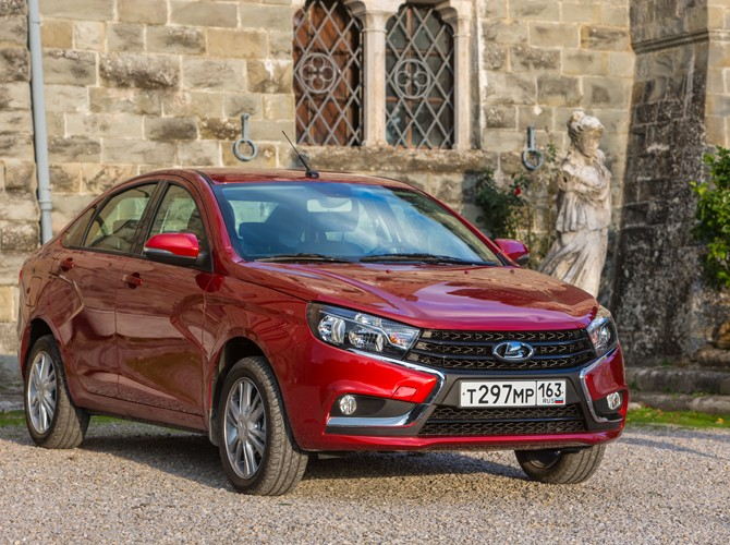 Тест-Драйв 7D: LADA Vesta Exclusive