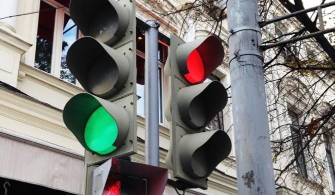 Опыт Воронежа по установке «умных светофоров» хотят распространить еще на 24 города